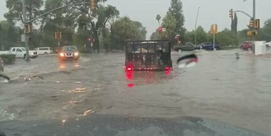 Monsoon storm brought blowing dust, rain to parts of the Valley and flooding in Tucson