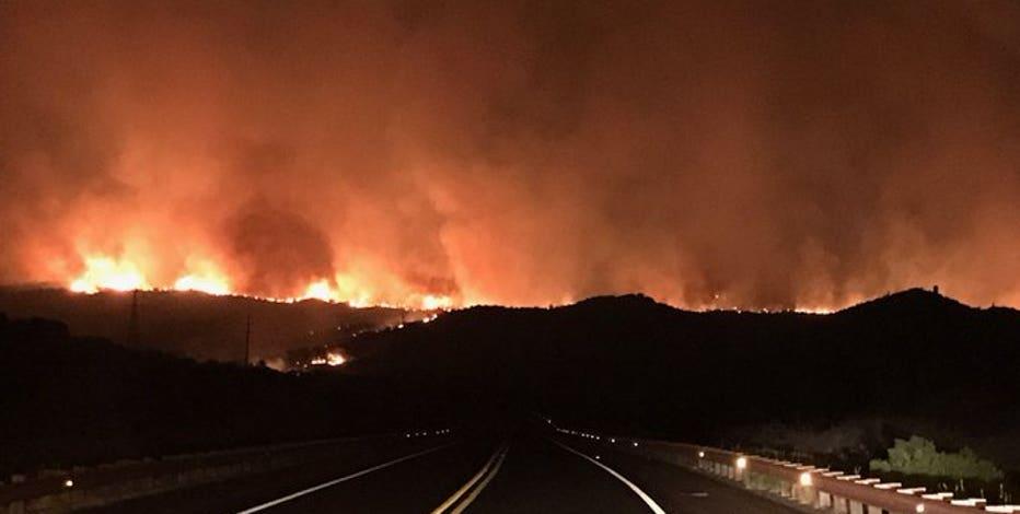 Salt Fire burns 2,000 acres, prompts road closures near Roosevelt Lake