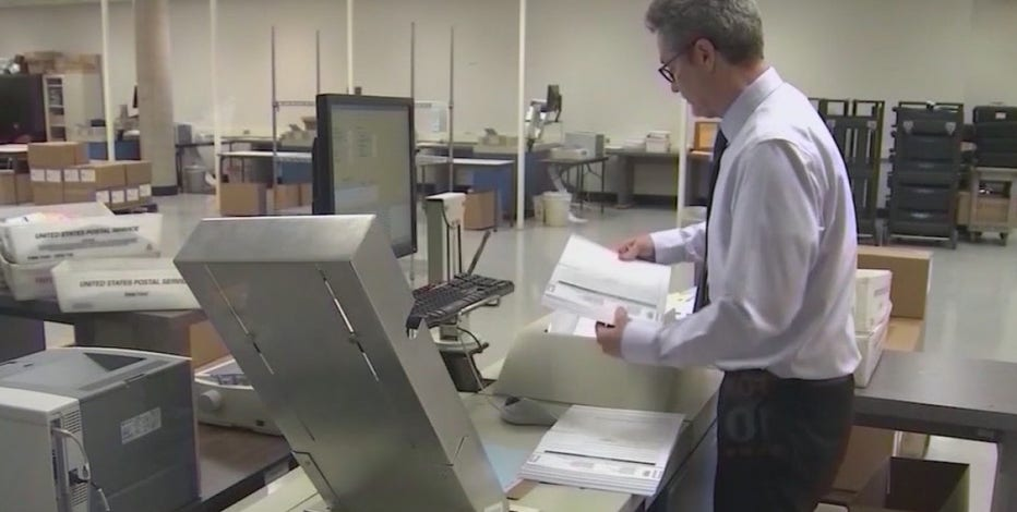 As early ballot counting begins, Arizona political groups making big push to vote
