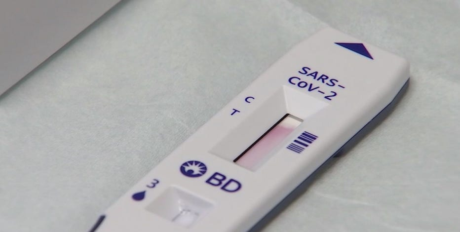 People rush to take COVID-19 tests amid holidays and surge in new cases