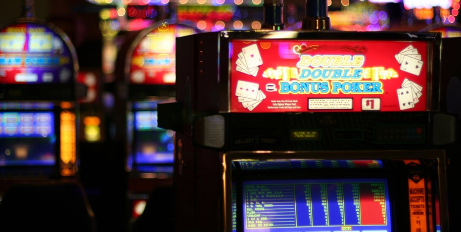 Navajo Nation lawmakers approve casino reopening plan