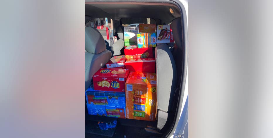 Arizona couple collecting supplies to take to Texas amid deadly winter storm