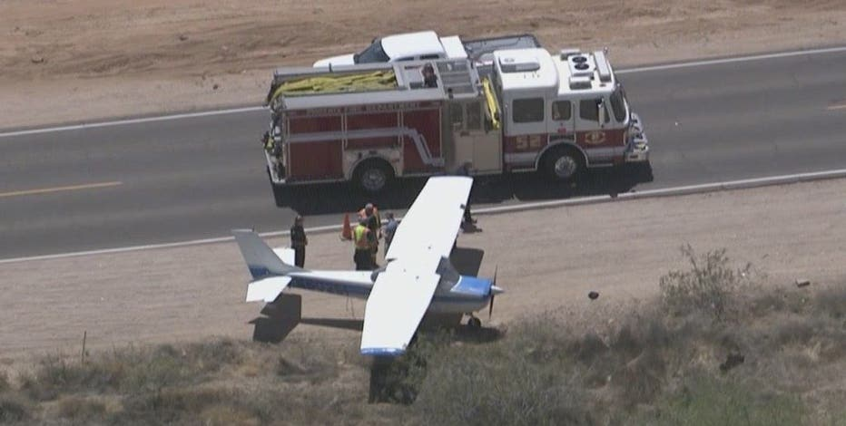 No injuries after plane lands next to Phoenix road