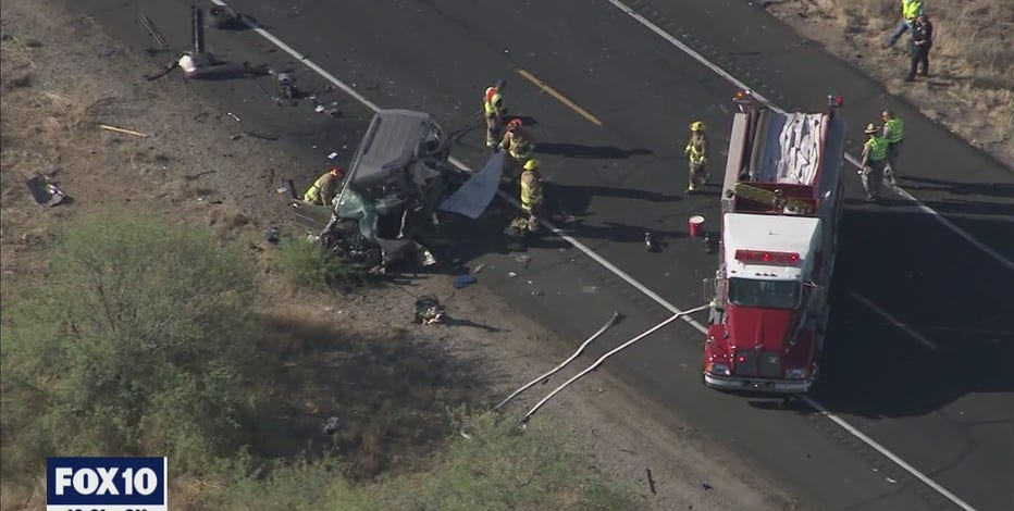 DPS: Driver killed in crash after drifting into oncoming traffic on US 93 near Wickenburg