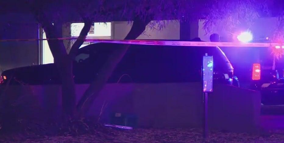 Man dies in shooting at Tempe strip mall