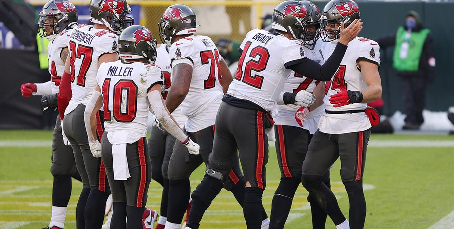 Buccaneers outlast Packers; will head home to Super Bowl