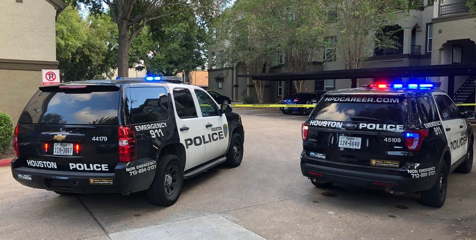 Man killed, boy critically injured in west Houston shooting