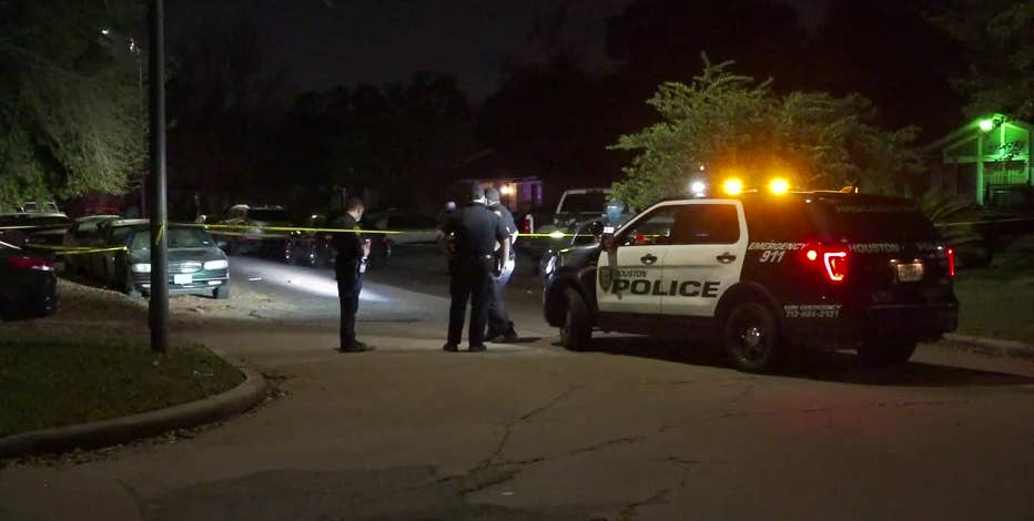 Police: Argument during party led to shooting that injured 2 in SE Houston