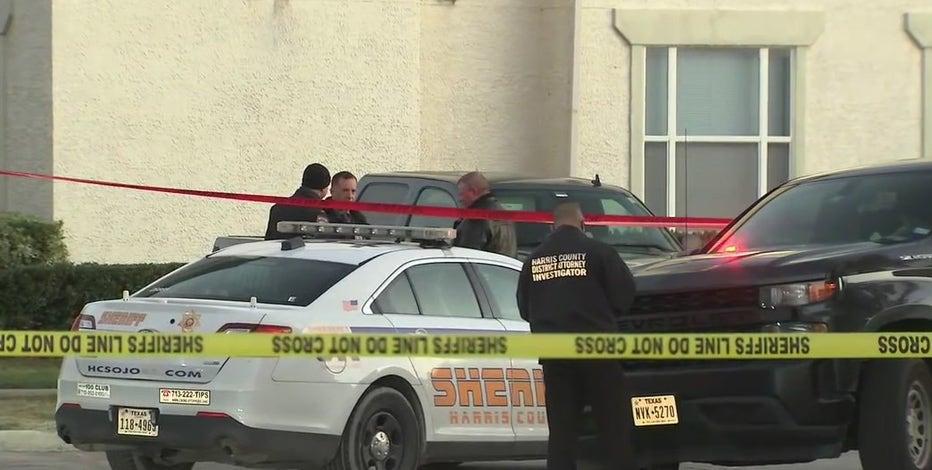 Deputy returns fire, kills man who was threatening ex-girlfriend, HCSO says