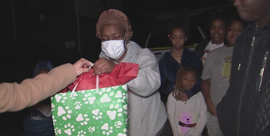 Anonymous donor gifts Cy-Fair family $100K on Christmas Eve after fire destroys their home
