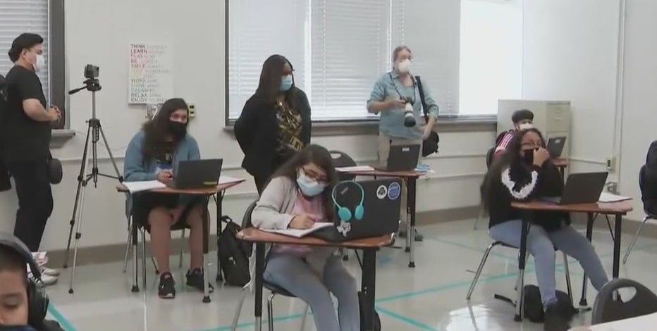 Houston parents weigh in after CDC says vaccines not necessary for return to classroom