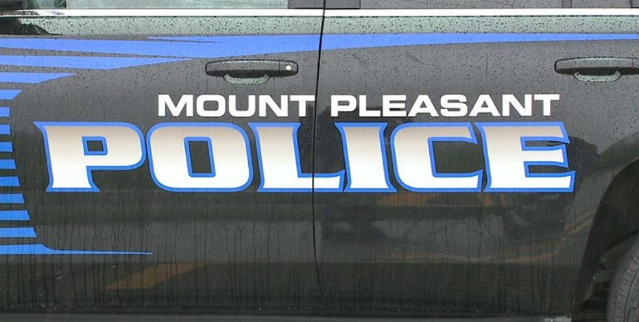 Mount Pleasant police arrest 20-year-old for OWI in rollover crash