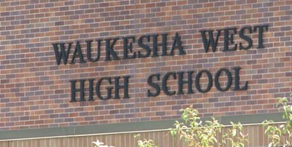 Multiple agencies investigate bomb threat at Waukesha West HS