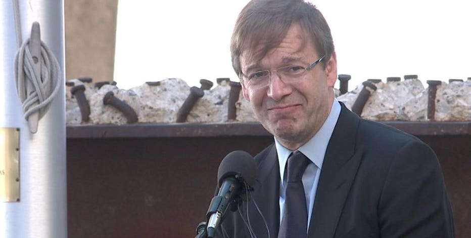 Sources: Former County Exec. Chris Abele victim of armed robbery
