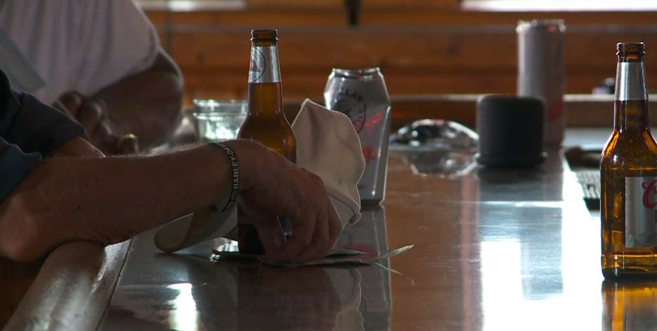 Milwaukee restaurants, bars to submit safety plans, part of anticipated order revision