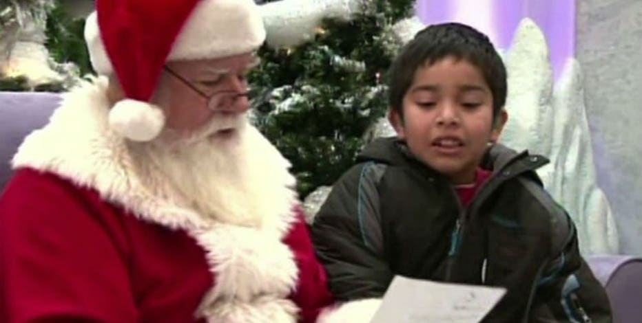 Santa Claus is coming to Brookfield Square beginning Nov. 27