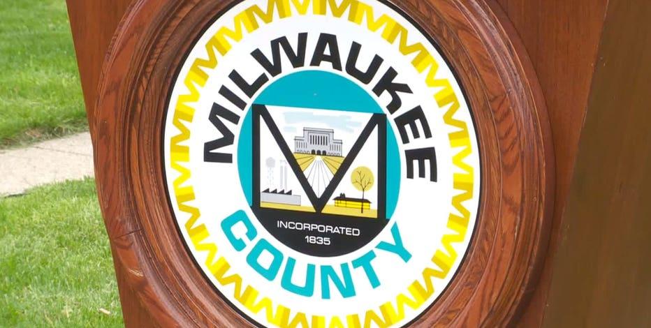 COVID vaccine: Milwaukee County worker mandate