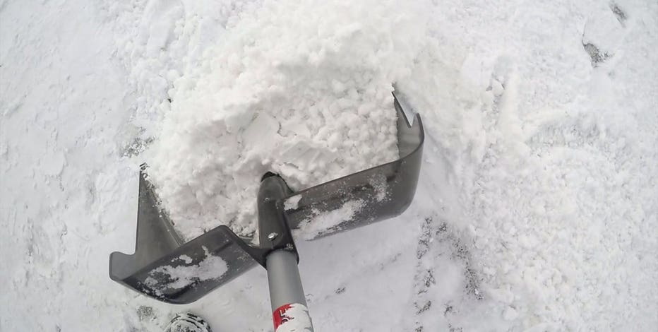 Milwaukee DPW encourages residents to clear storm grates, fire hydrants