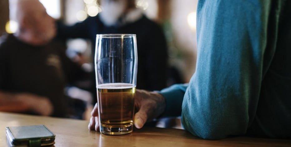 New wave of alcohol-free bars creates buzz around the world