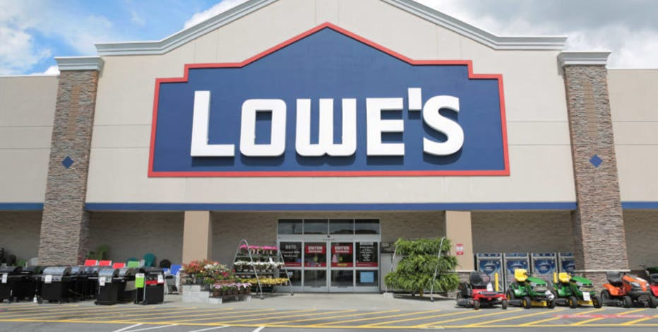 Lowe's hiring 20,000 seasonal employees for holidays