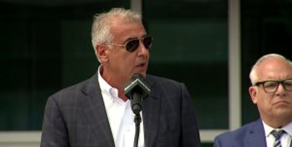 Bucks co-owner resigns from embattled media organization's board