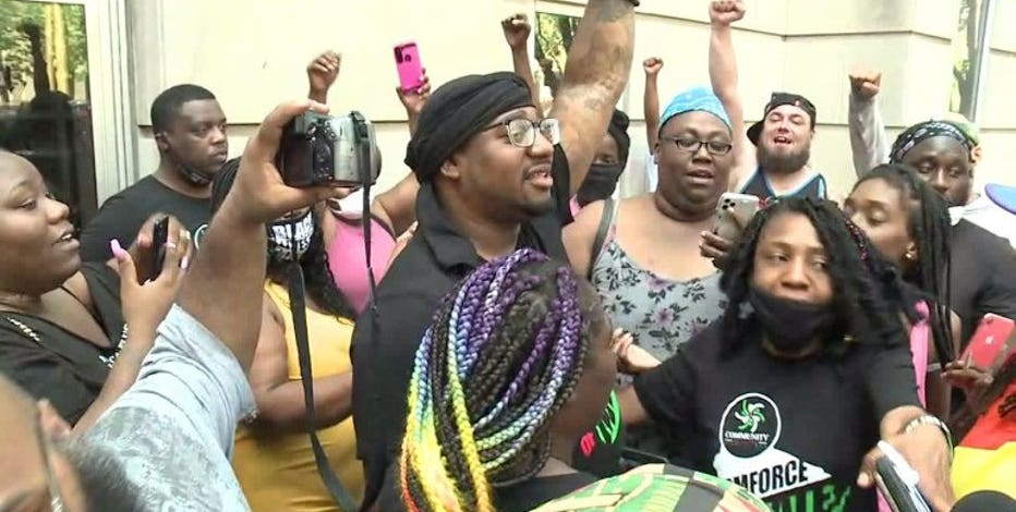 Community activist Vaun Mayes released from Milwaukee Co. Jail, case being reviewed