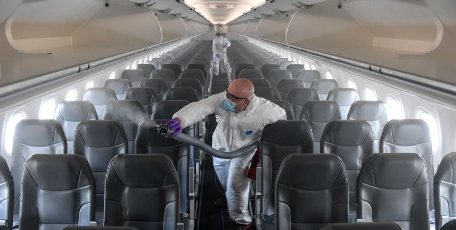 CDC issues 'strong recommendation,' no rule for masks on planes