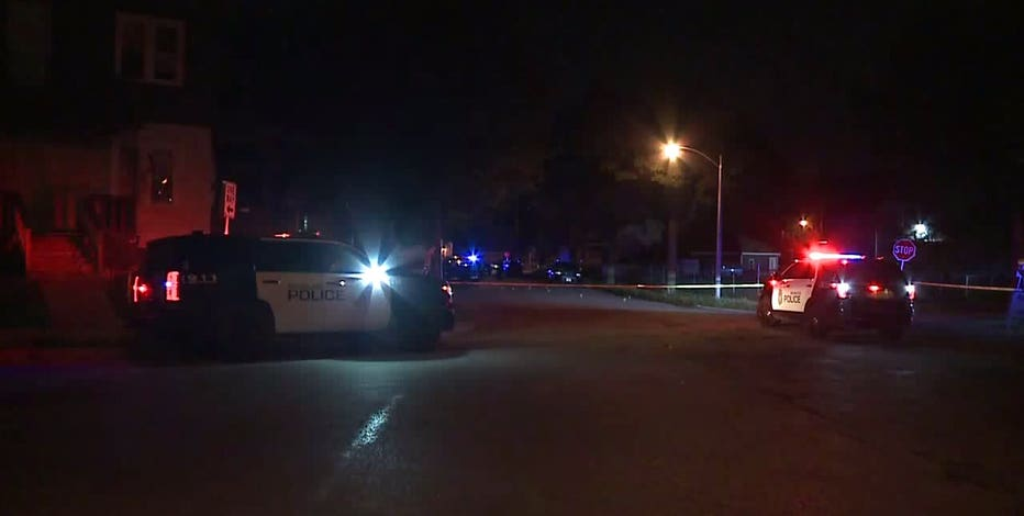 Police: 2 women, man wounded after triple shooting in Milwaukee