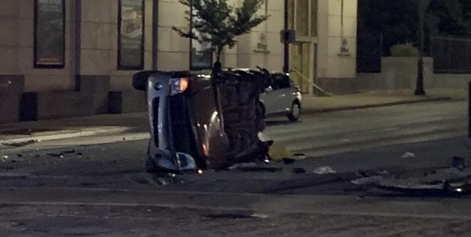 Serious crash near 6th and Wisconsin leaves 1 dead, 5 injured