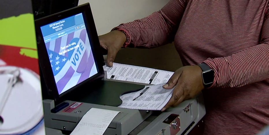 Milwaukee poll worker training ramps up as Election Day nears