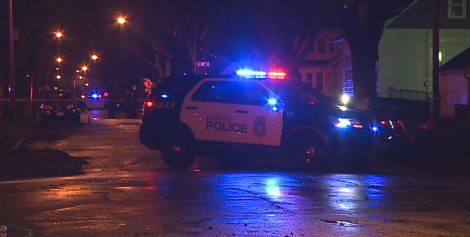 Police investigate double shooting near 38th and Custer