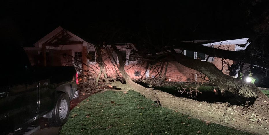Severe weather knocks our power, damages property in SE Wisconsin