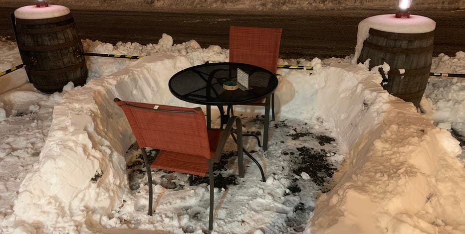 Milwaukee snow presents new outdoor dining challenges