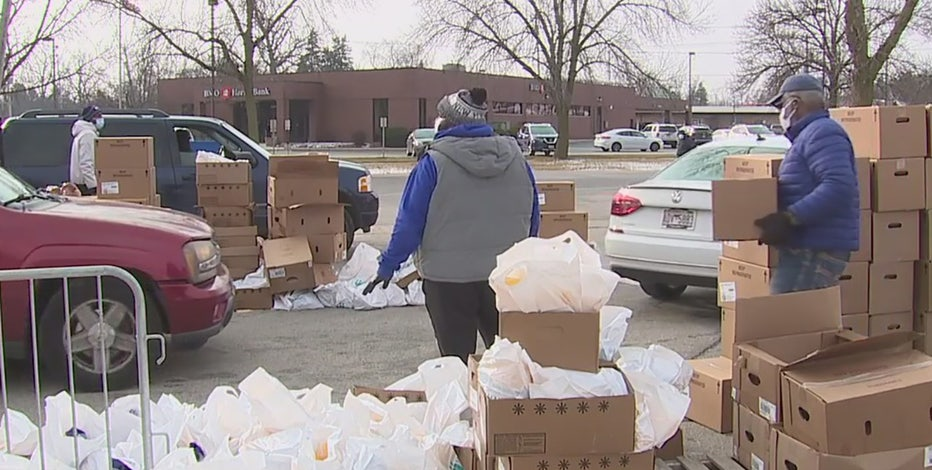 Milwaukee event provides 2,000 meal kits to those in need