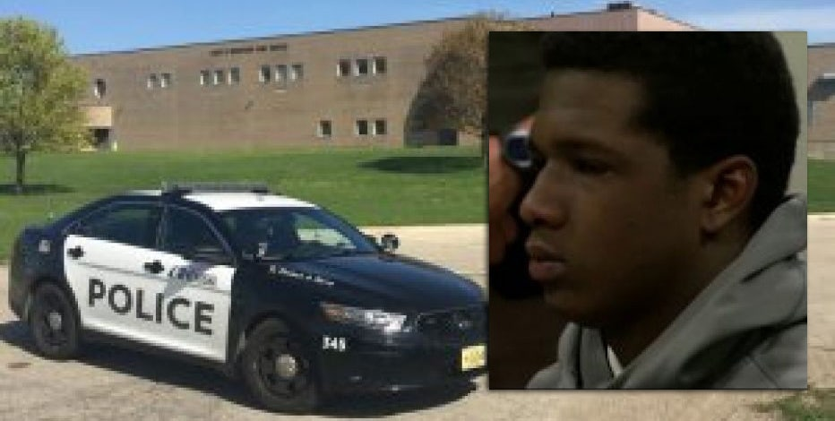 Teen gets 11 years in fatal stabbing of friend at Kenosha high school