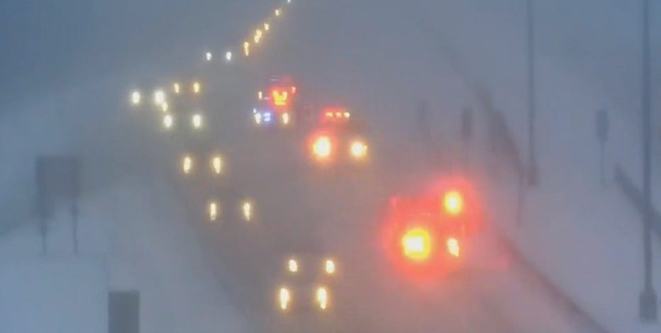 Drivers, exercise caution! Snow creates messy morning commute