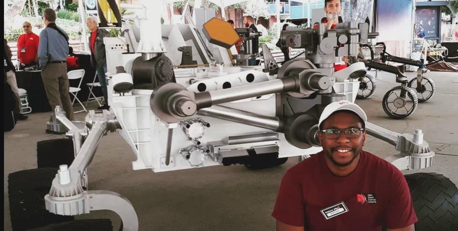 Milwaukee native part of NASA's Mars rover mission
