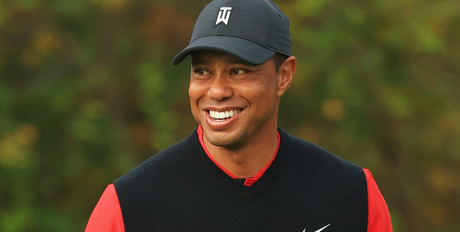 Tiger Woods injured in crash in LA, extracted with jaws of life