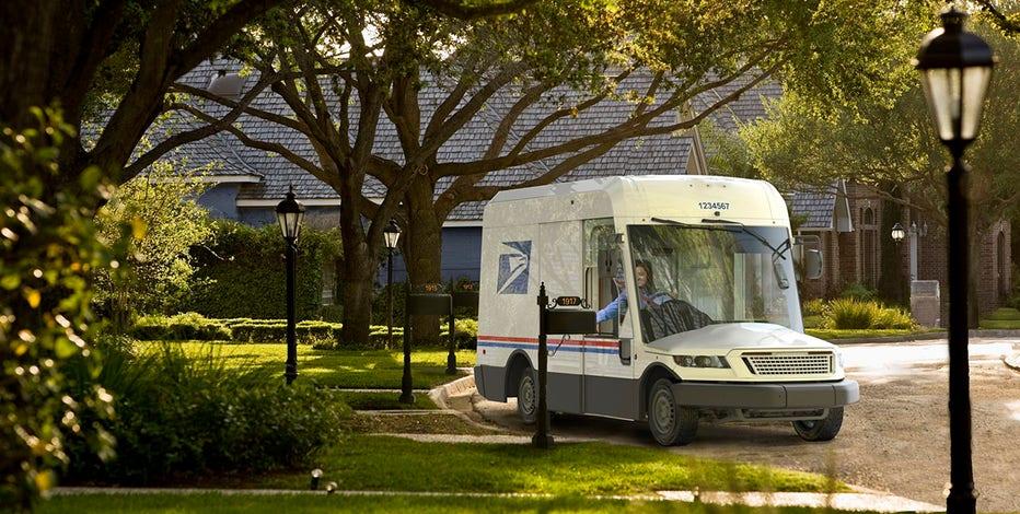 Letter urges Oshkosh Defense to build new postal vehicles in Milwaukee