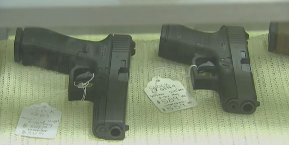 Supervisors reject plan to allow gun show on Milwaukee County property
