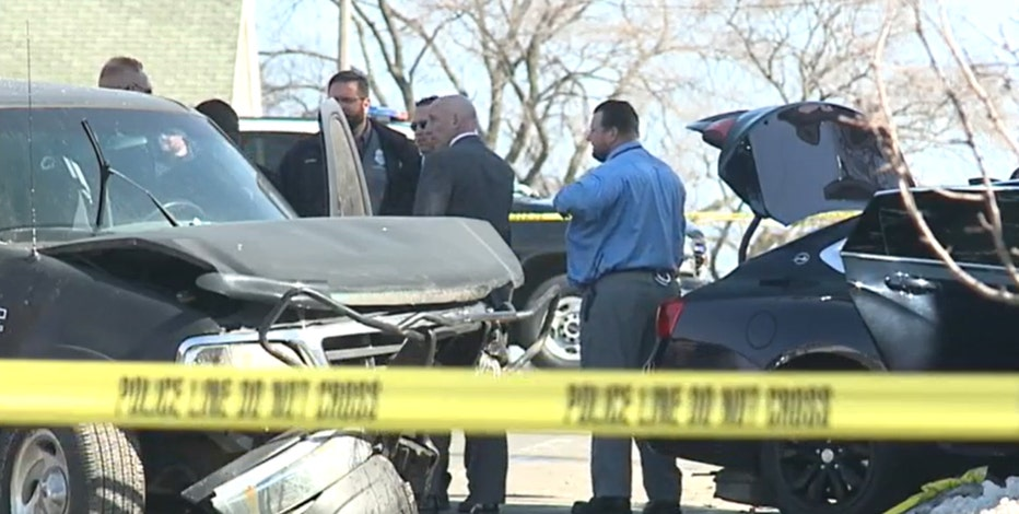Woman, 2 kids hurt after crash at 34th and Greenfield; driver in custody