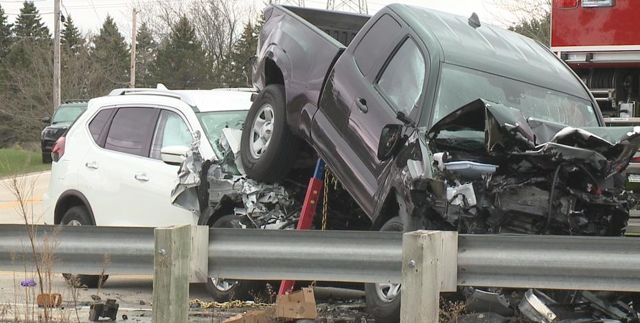Caledonia man dies after 4-vehicle crash on Highway 32