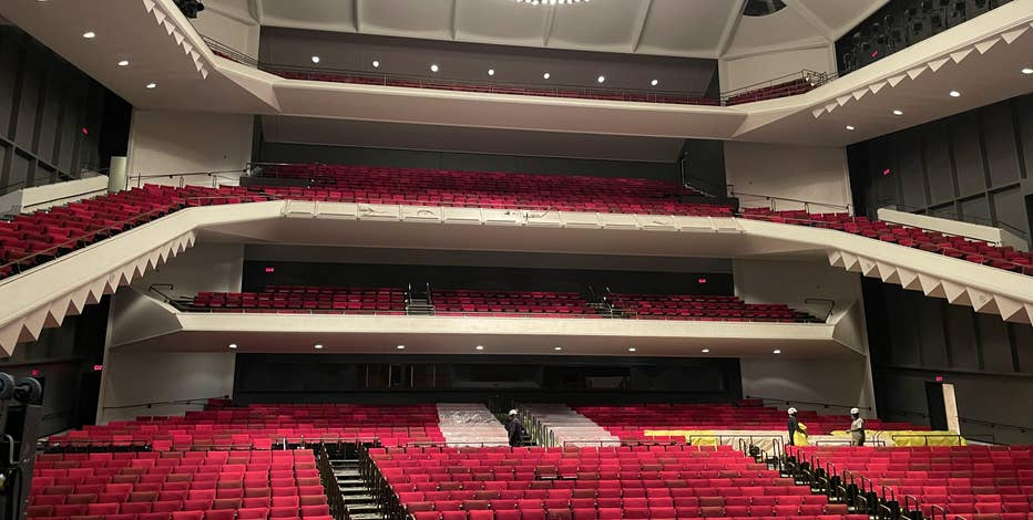 Uihlein Hall at the Marcus Center gets renovation