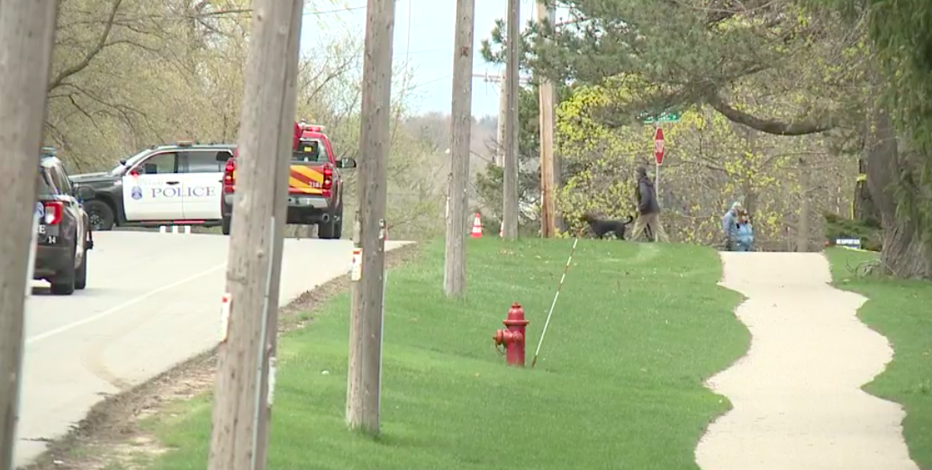 Driver seriously injured in single-vehicle crash in Brookfield