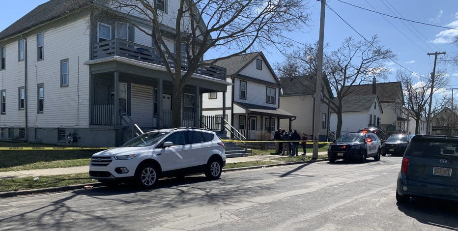 MPD: 7-year-old girl wounded in shooting near 21st and Vine