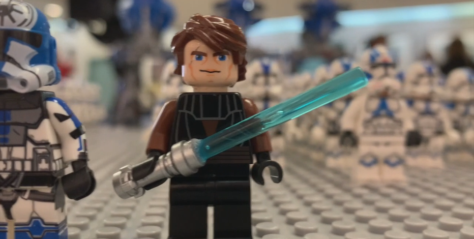 Star Wars LEGO builds help vet with PTSD