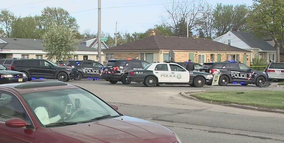Police pursue minivan, 5 arrested near 52nd and Hampton