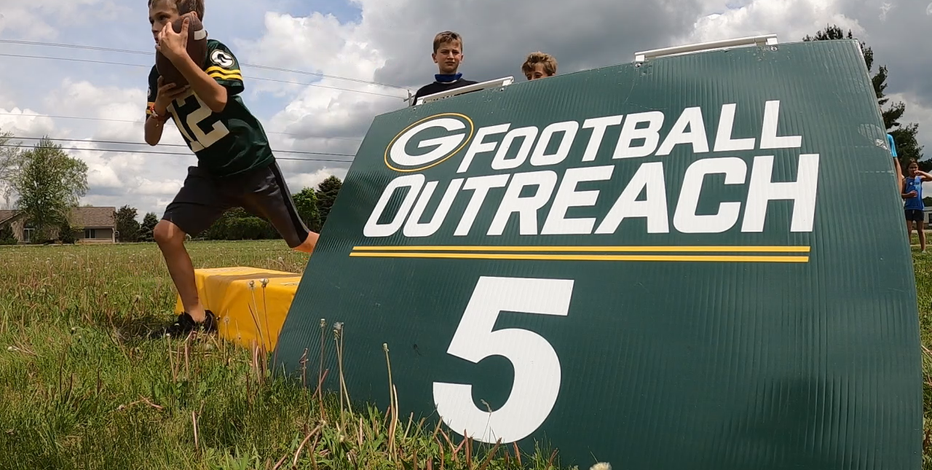 Packers outreach camp received with open arms in Hartford