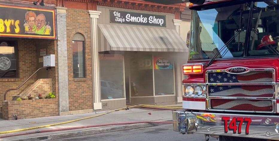 Fond du Lac fire displaces business, residents