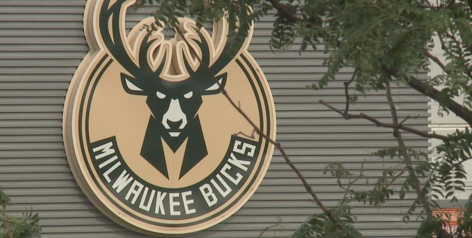 Milwaukee Bucks open scrimmage tickets